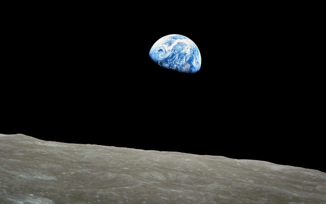 Weihnachten im Weltraum  – die Erde ist doch KEINE Scheibe!