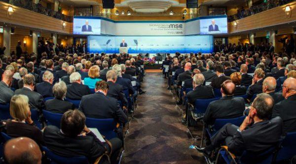 Münchner Sicherheitskonferenz: Marionettentheater der Profiteure von Krieg und Elend