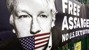 Wikileaks-Gründer Julian Assange wird 50! – Dirk Pohlmann im Gespräch mit Vater John Shipton